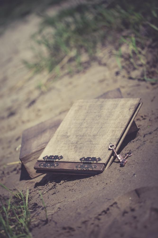 Hochzeits-Fotobuch und USB-Stick mit Herz